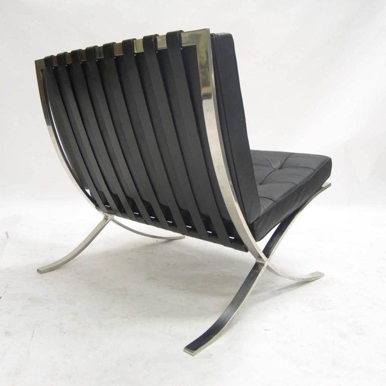 Mies van der rohe barcelona chair original original for Eiermann replica
