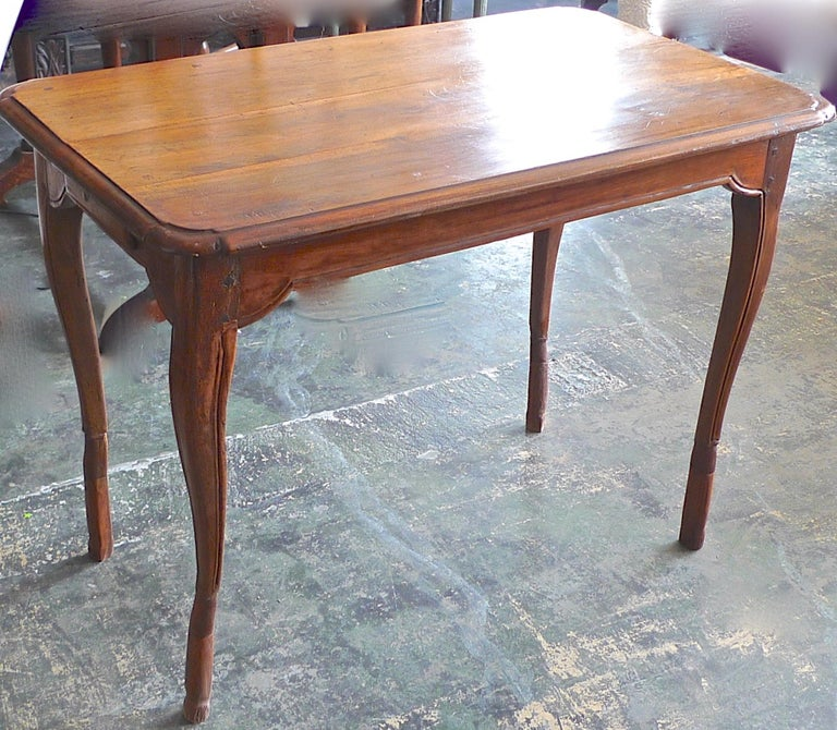 French 19th Century Stained Walnut Side Table Or Desk With Cabriole Legs And Two Small End