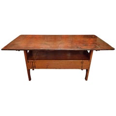 English Early 19th Century Settle Bench Table with Large Storage Compartment