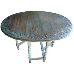 English 19th Century Carved Top Drop-Leaf Table with Gate-Leg and Turned Legs