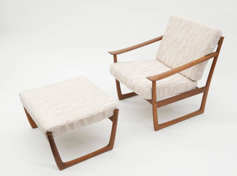 danish modern lounge chair and ottoman by peter hvidt and orla