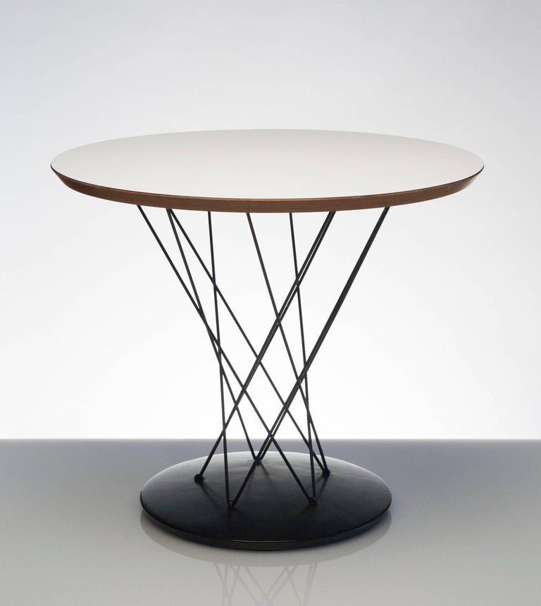 Mid-Century Modern Early Noguchi Cyclone Side Table for Knoll For Sale