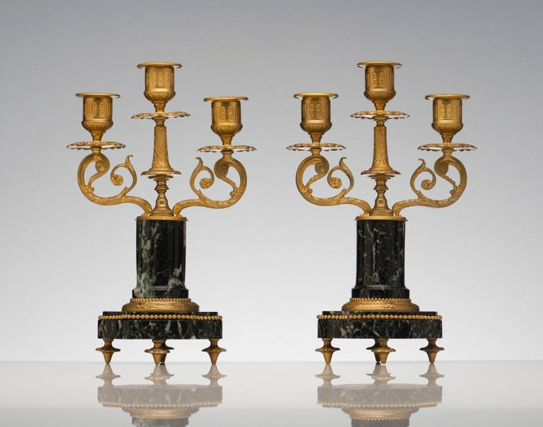 French Antique Pair of Marble and Bronze Candelabra For Sale 2