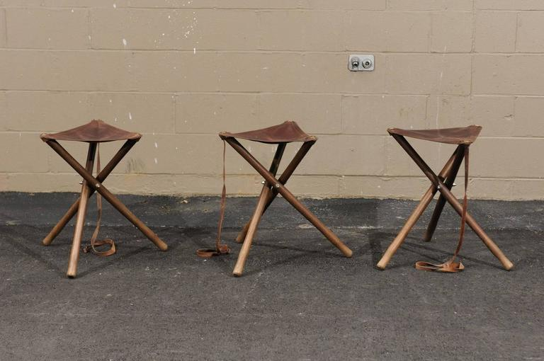 Superb Three French Folding Wooden Stools With Brown Leather Seats Unemploymentrelief Wooden Chair Designs For Living Room Unemploymentrelieforg