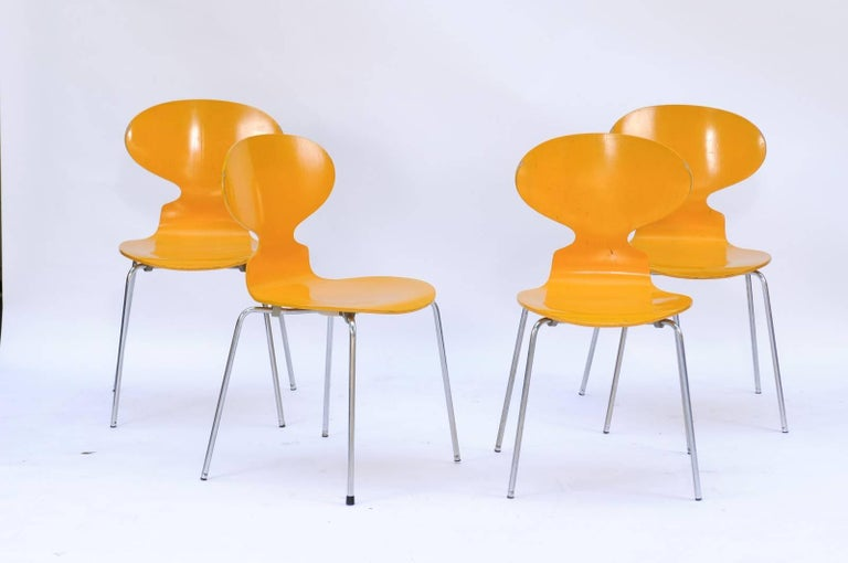 Painted Set of Four 1970s Arne Jacobsen Danish 'Fourmi' Side Chairs with Sunny Color For Sale
