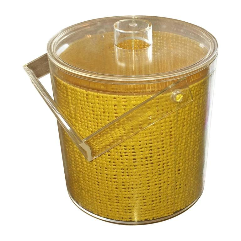 Georges Briard Mid Century Modern Embedded Raffia Lucite Covered Ice Bucket For Sale