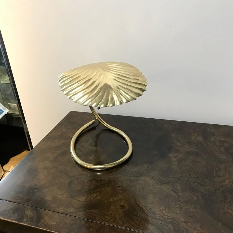 Italian mid century modern tommaso barbi brass leaf decorative table italian mid century modern tommaso barbi brass leaf decorative table lamp in good condition for aloadofball Image collections