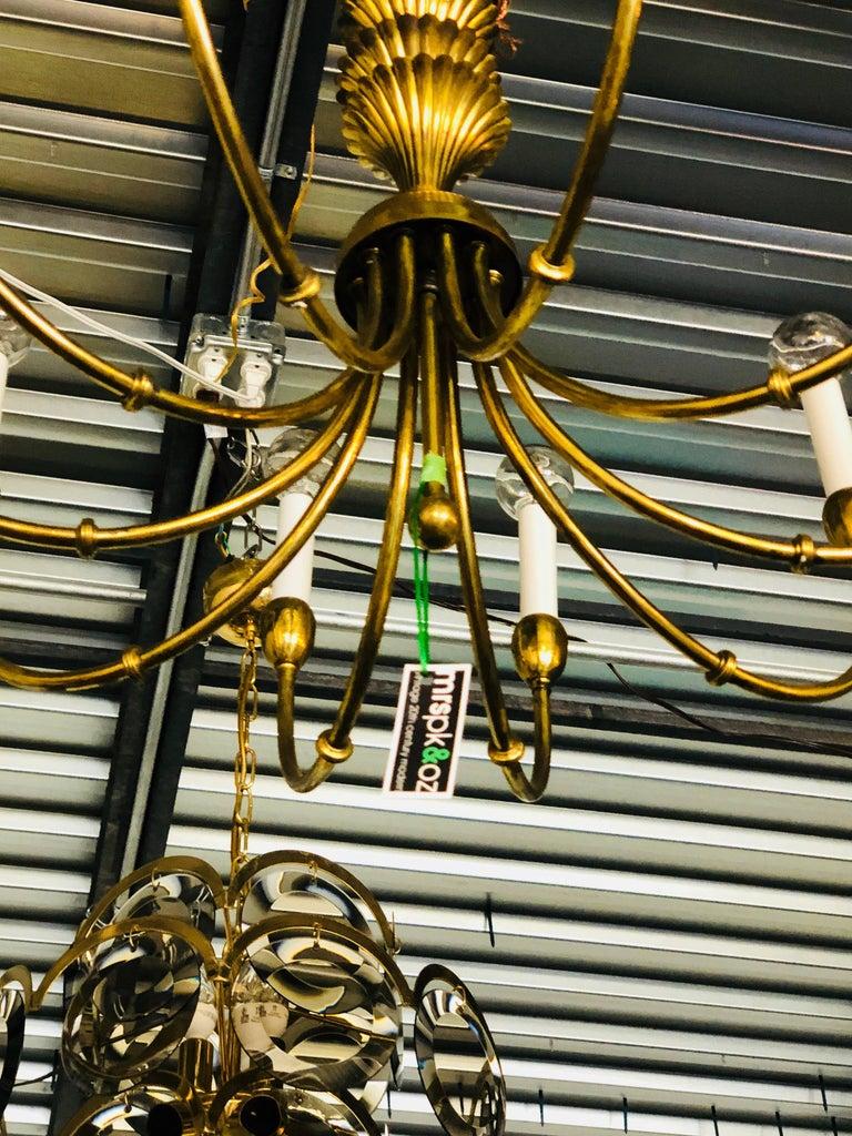 Mid-Century Modern Tommi Parzinger Style Brass 10-Arm Decorative Chandelier For Sale 2