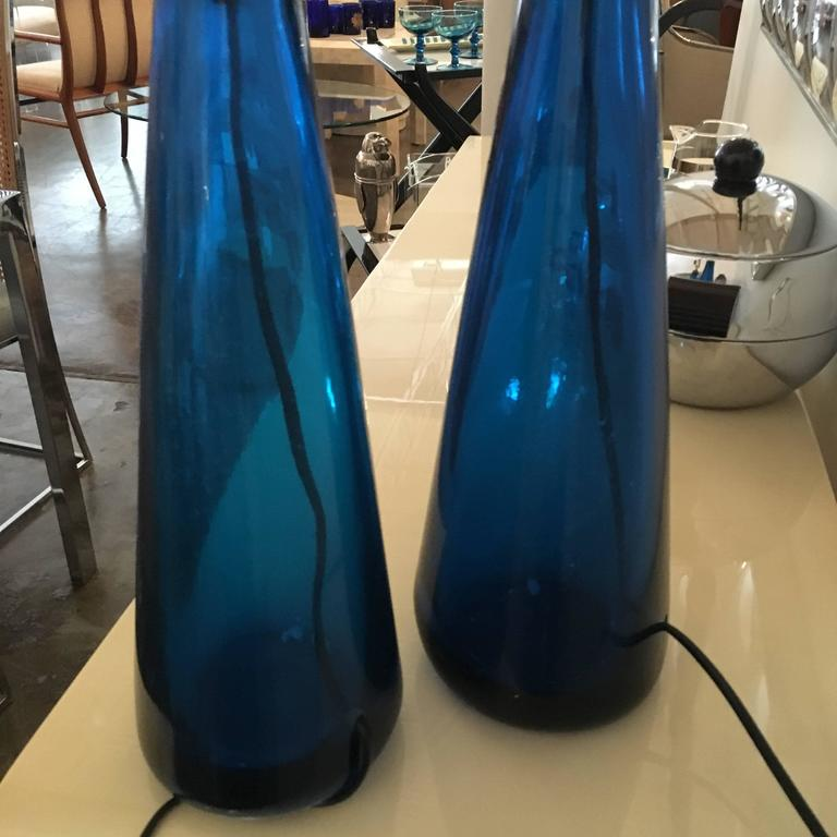 Mid-Century Modern Venini Pair of Blue Italian Murano Glass Table Lamps For Sale 3