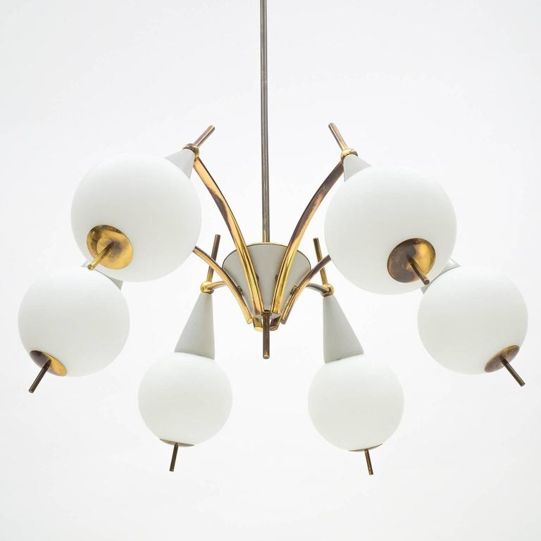 Italian Brass and Satin Glass Chandelier in the style of Angelo Lelii, 1950s In Good Condition For Sale In Vienna, AT