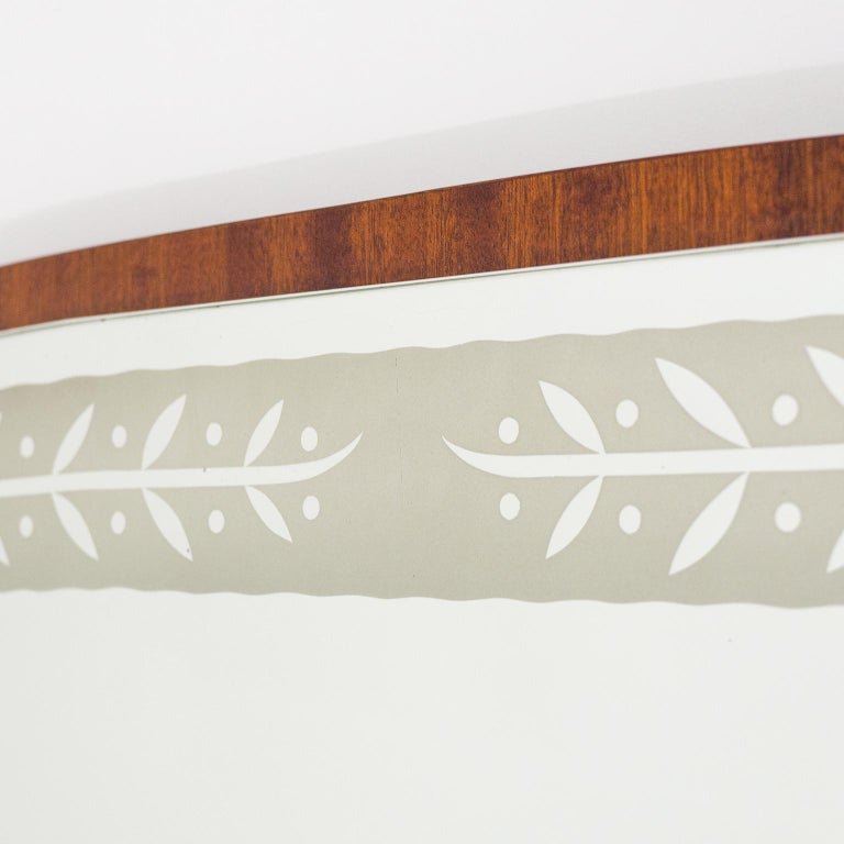 1940s Swedish Art Deco Mirror, Etched Glass and Mahogany For Sale 2