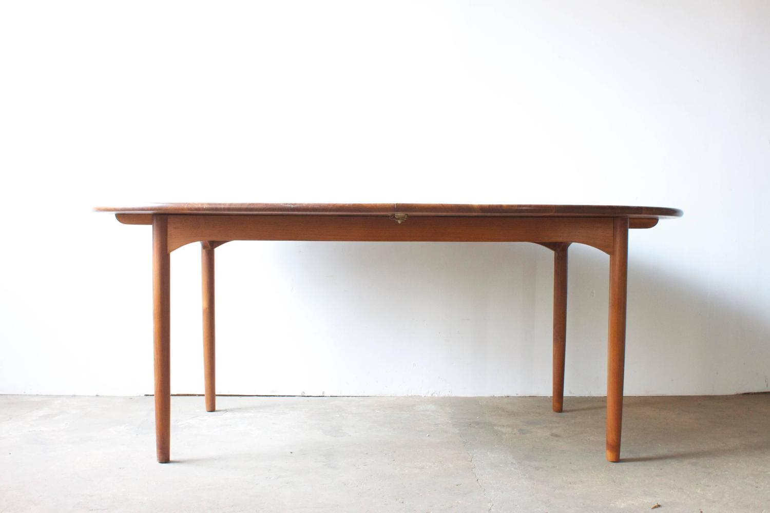 Solid Walnut Mid Century Dining Table At 1stdibs