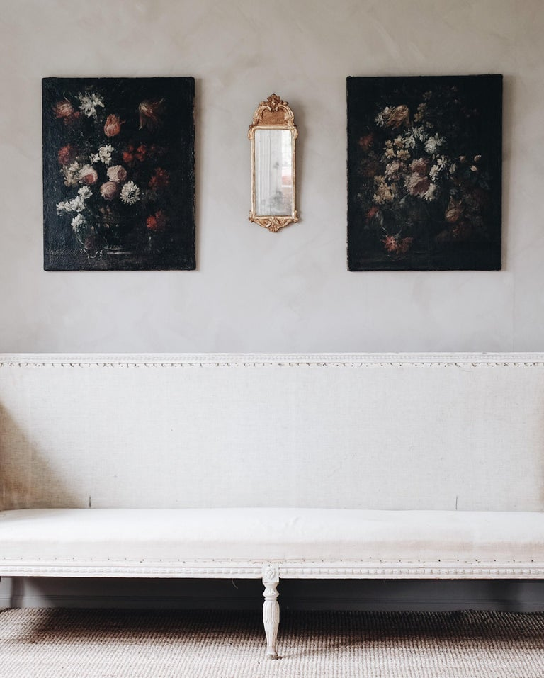Dutch Pair of 18th Century Floral Still Life Paintings For Sale