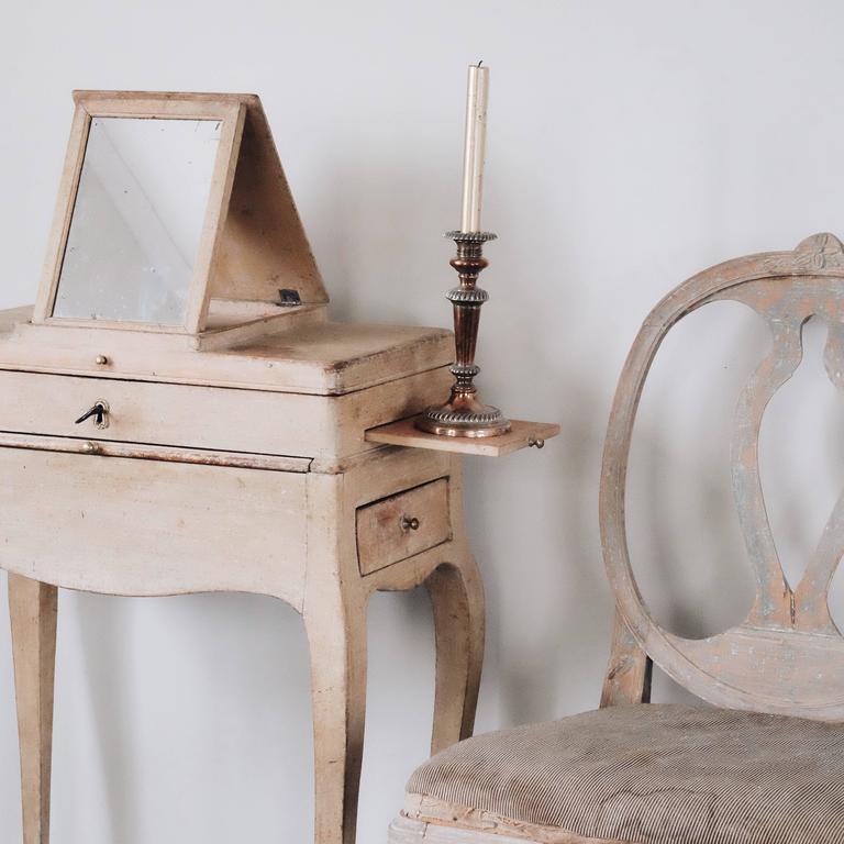 18th Century Swedish Rococo Vanity Table In Good Condition In Helsingborg, SE