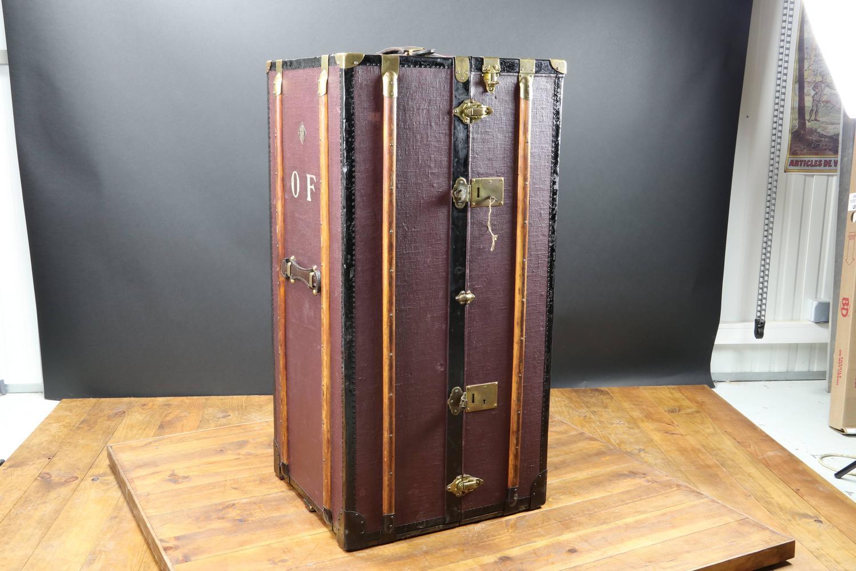 1930s Moritz Maedler Secretary Wardrobe Trunk For Sale at