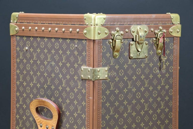 20th Century Very Rare and Exquisite Louis Vuitton Stokowski Writing Desk Trunk 2