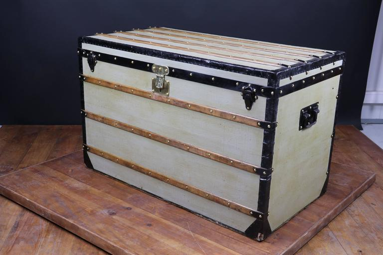 1870s Louis Vuitton Grey Trianon Canvas Trunk For Sale 1