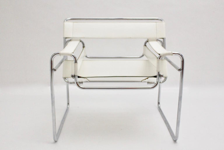 White Wassili Lounge Chair B 3 by Marcel Breuer Bauhaus Style For Sale 3