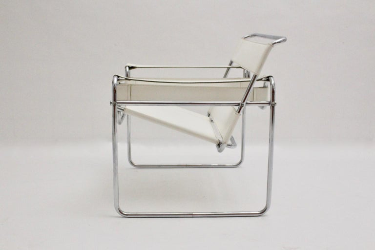 White Wassili Lounge Chair B 3 by Marcel Breuer Bauhaus Style For Sale 4