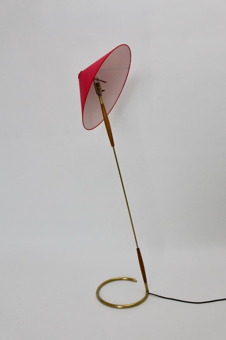 Mid-Century Modern Brass Floor Lamp by Guiseppe Ostuni Attributed, Italy, circa 1940 For Sale