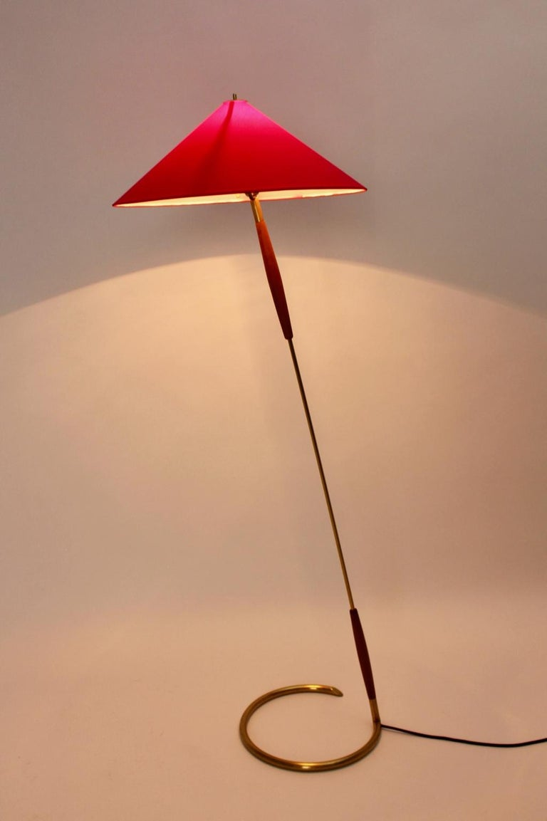 Brass Floor Lamp by Guiseppe Ostuni Attributed, Italy, circa 1940 For Sale 2