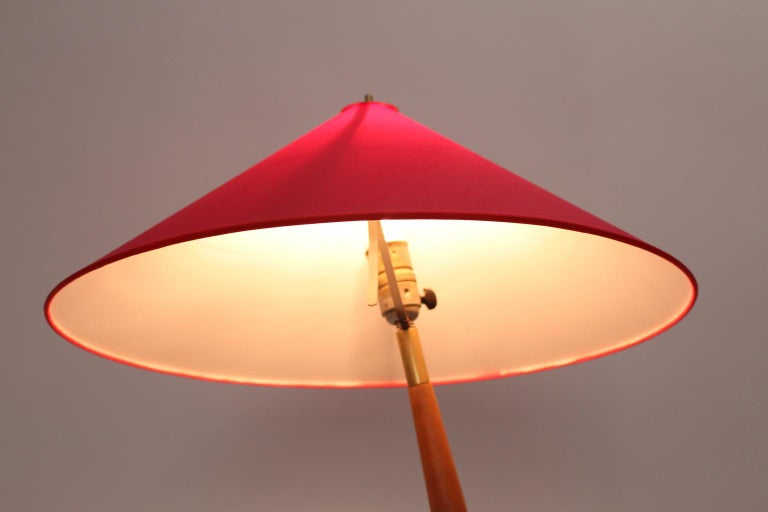 Brass Floor Lamp by Guiseppe Ostuni Attributed, Italy, circa 1940 For Sale 6