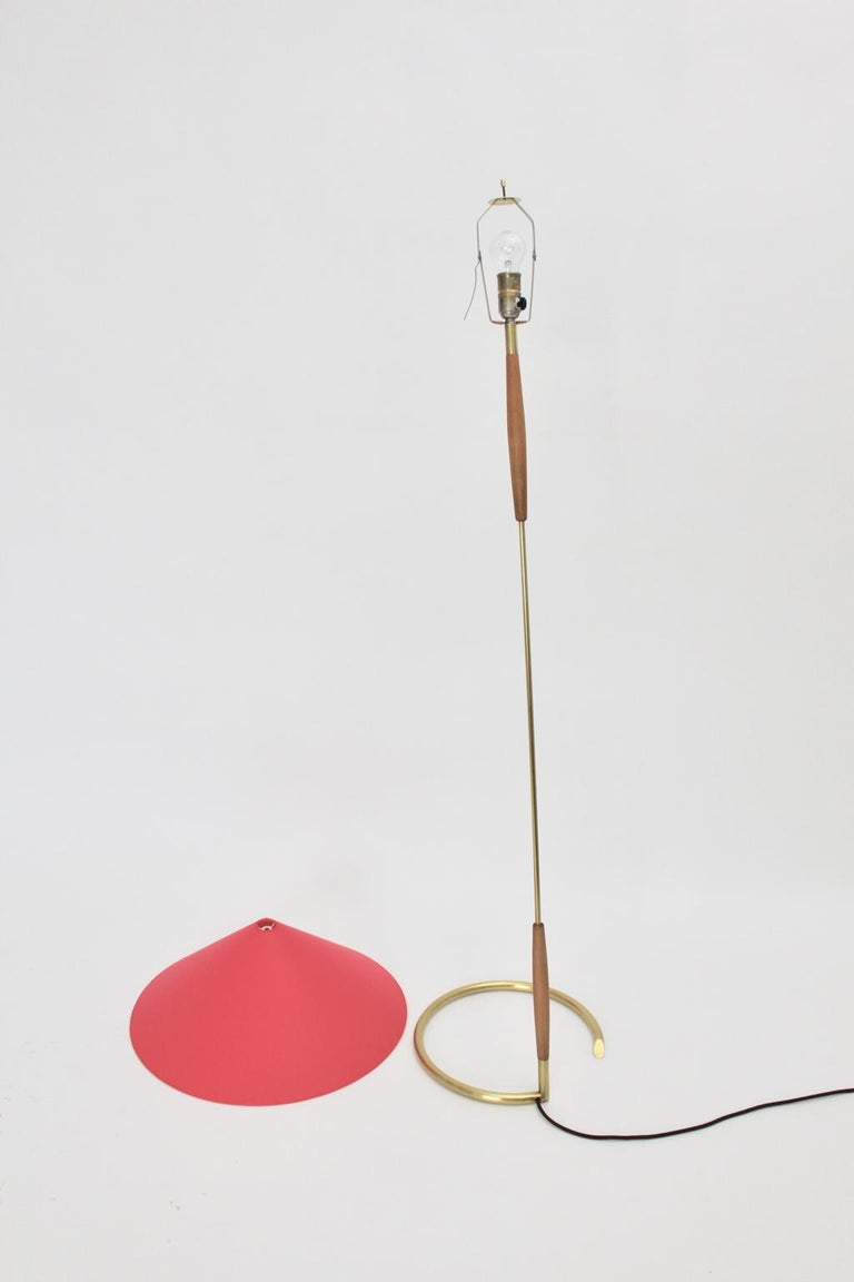 Brass Floor Lamp by Guiseppe Ostuni Attributed, Italy, circa 1940 For Sale 7