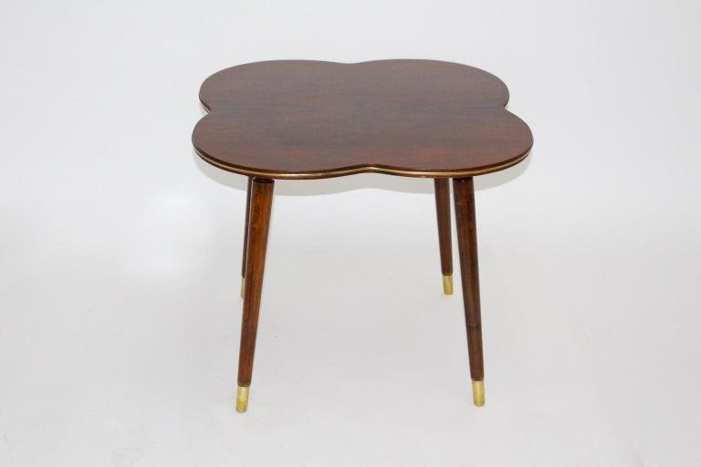 Mid-Century Modern Walnut Coffee Table in Clover Leaf Shape Vienna, circa 1950 For Sale 2