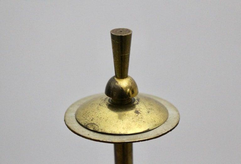 Mid-Century Modern Brass and White Italian Floor Lamp, 1940s For Sale 6