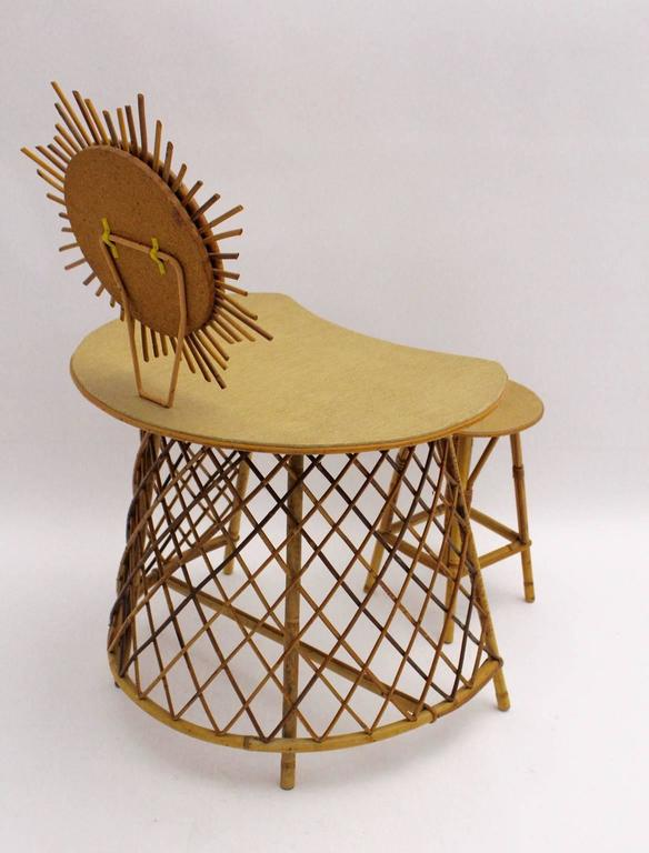 Vanity with a sunburst mirror in the Style of Jean Royere, 1950s Rattan In Good Condition For Sale In Vienna, AT