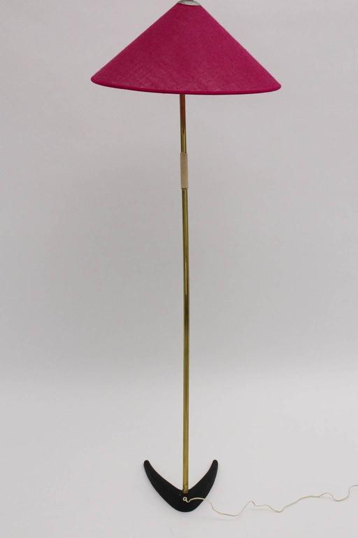 Mid-Century Modern Kalmar Brass Floor Lamp with Clawfoot 1950s Austria In Good Condition For Sale In Vienna, AT