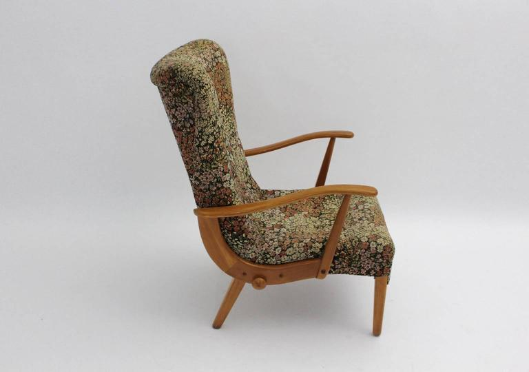 Mid-20th Century Multicolored Mid Century Modern Lounge Chair with Flower Design Fabric 1950s For Sale