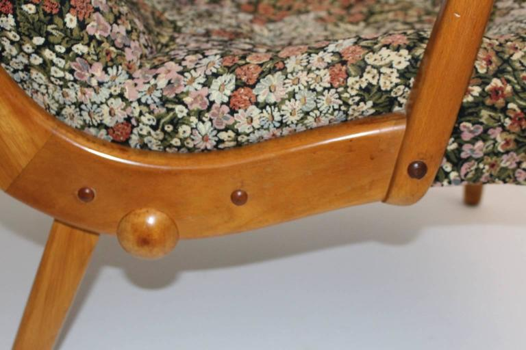 Multicolored Mid Century Modern Lounge Chair with Flower Design Fabric 1950s For Sale 3