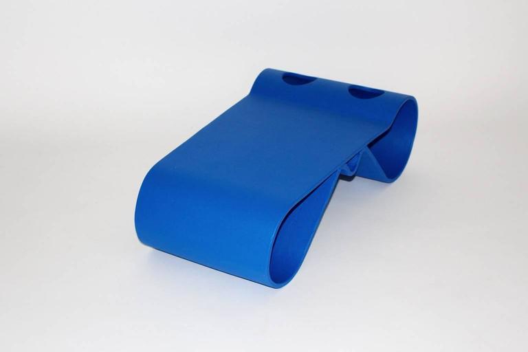 Blue Eternit Modern Vintage Willy Guhl Loop Coffee Table, 1995, Switzerland For Sale 1