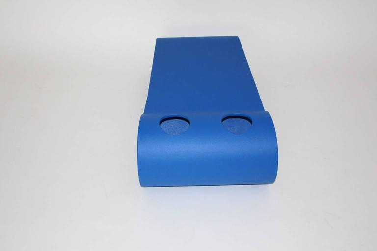 Blue Eternit Modern Vintage Willy Guhl Loop Coffee Table, 1995, Switzerland For Sale 2