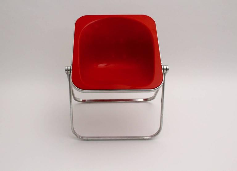 Giancarlo Piretti Space Age Red Plastic Vintage Armchair Plona 1969, Italy In Good Condition For Sale In Vienna, AT