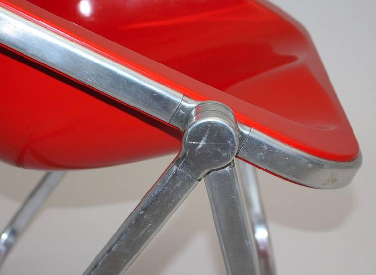 Giancarlo Piretti Space Age Red Plastic Vintage Armchair Plona 1969, Italy For Sale 1