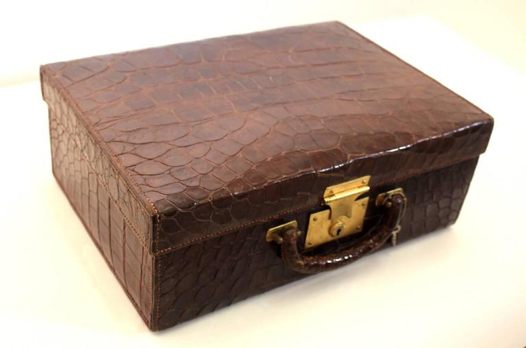 English Art Deco Brown Vintage Alligator Leather Case, 1920s For Sale