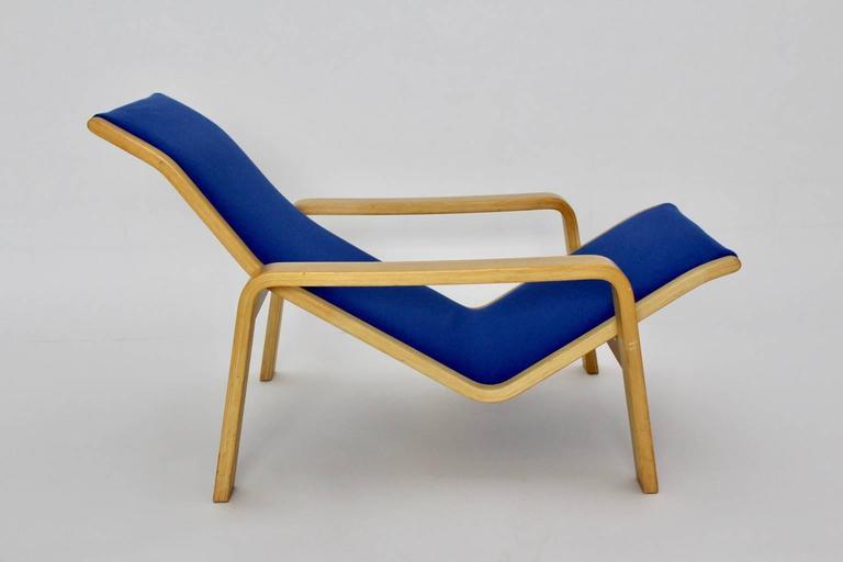 Blue birch chaise longue by ilmari lappalainen 1963 for Blue chaise longue