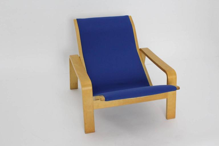 Blue birch chaise longue by ilmari lappalainen 1963 for Blue chaise longue