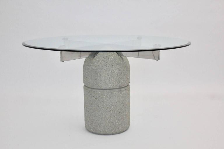 The dining room table was designed by Giovanni Offredi 1973, Italy and executed by Saporiti.