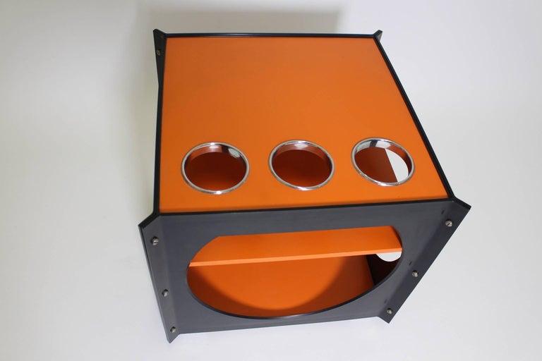 Space Age  Orange and Black Vintage Plastic Bar Cart, Germany, 1960s For Sale 4