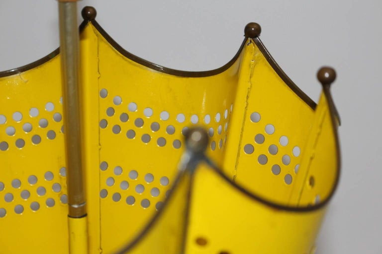 Mid Century Modern Yellow Umbrella Stand, 1950s, Italy In Good Condition For Sale In Vienna, AT