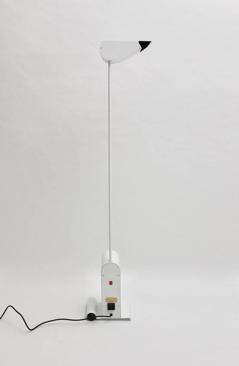 This floor lamp was designed by Hartmut Engel 1985 and executed by Zumtobel.