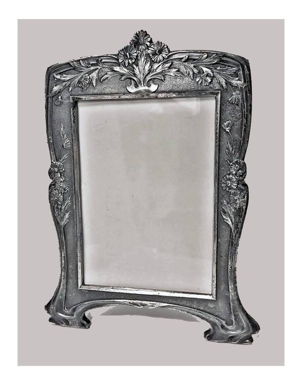 French Early Christofle Art Nouveau Photograph Frames, circa 1900 For Sale