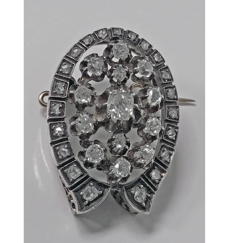 French 19th Century Diamond Brooch Pendant, circa 1870 In Good Condition For Sale In Toronto, Ontario