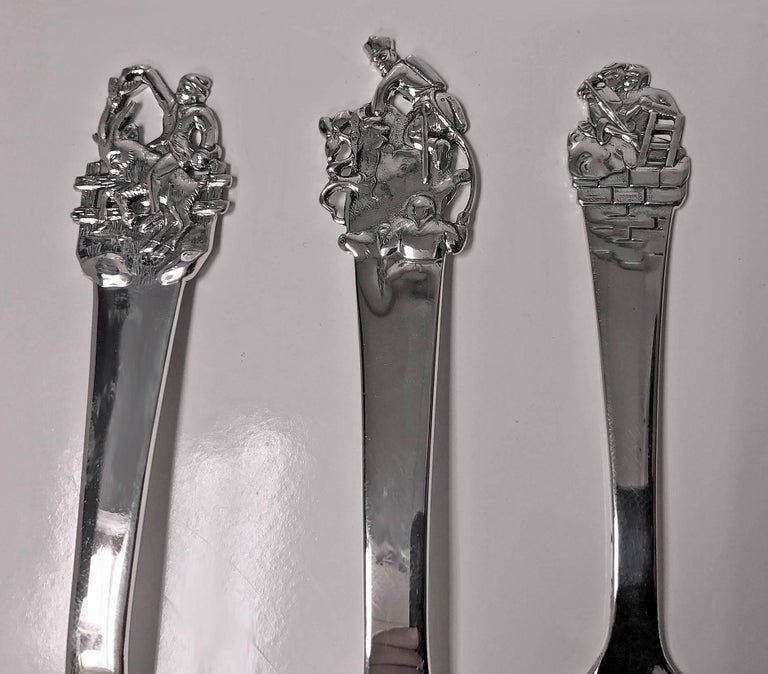 'H.C. Andersen' Danish Silver Fairy Tale Childs Set, Horsens, Denmark circa 1955 In Excellent Condition For Sale In Toronto, Ontario