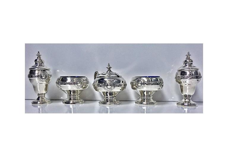 Arts And Crafts English Silver Condiment Set Birmingham 1923 Henry Matthews At 1stdibs
