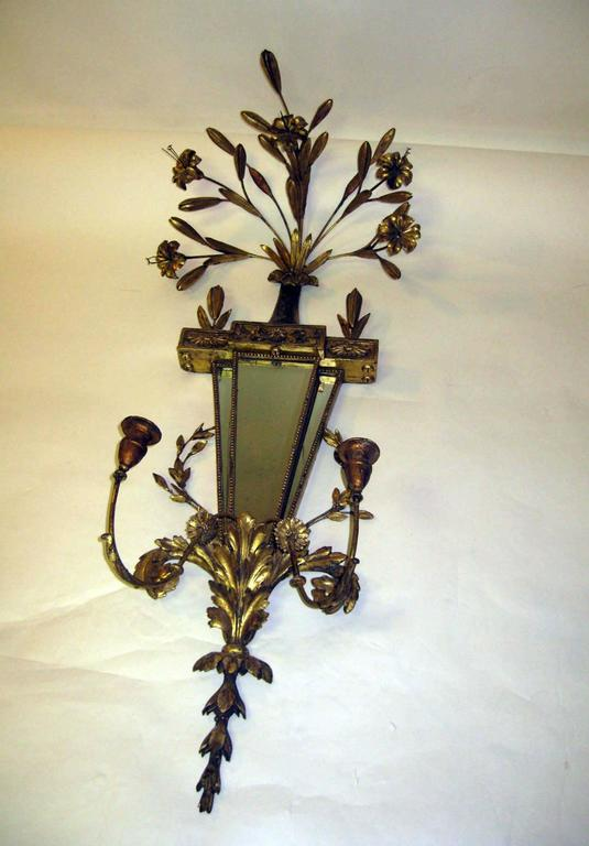 19th Century Italian Gilt Wood Wall Sconces of Monumental Size For Sale 2