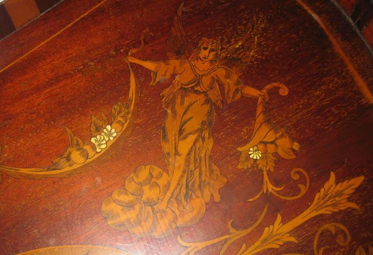 Early 19th Century 19th Century English Mahogany Tray with Fruitwood Inlay For Sale